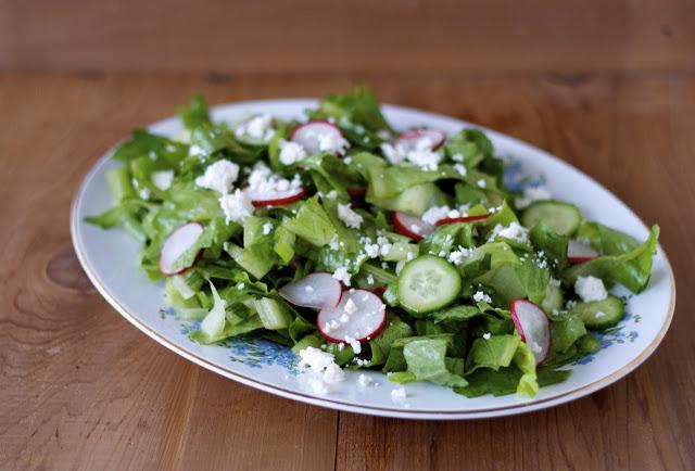Traditional Bulgarian Green Salad