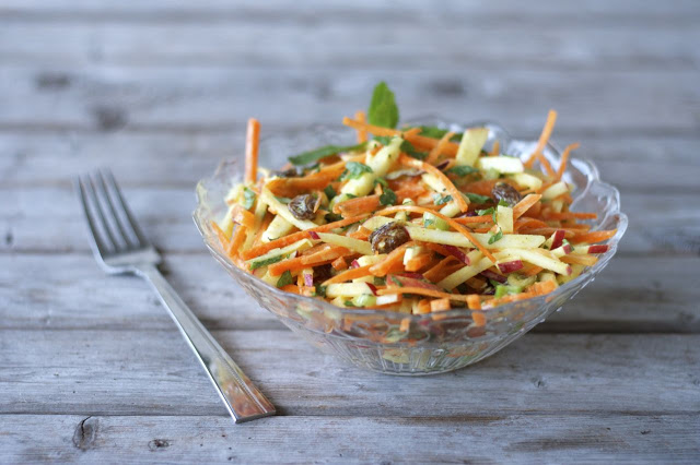 Curried Apple & Carrot Slaw