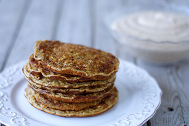 Oatmeal-Flax Pancakes with Creamy Apple Sauce