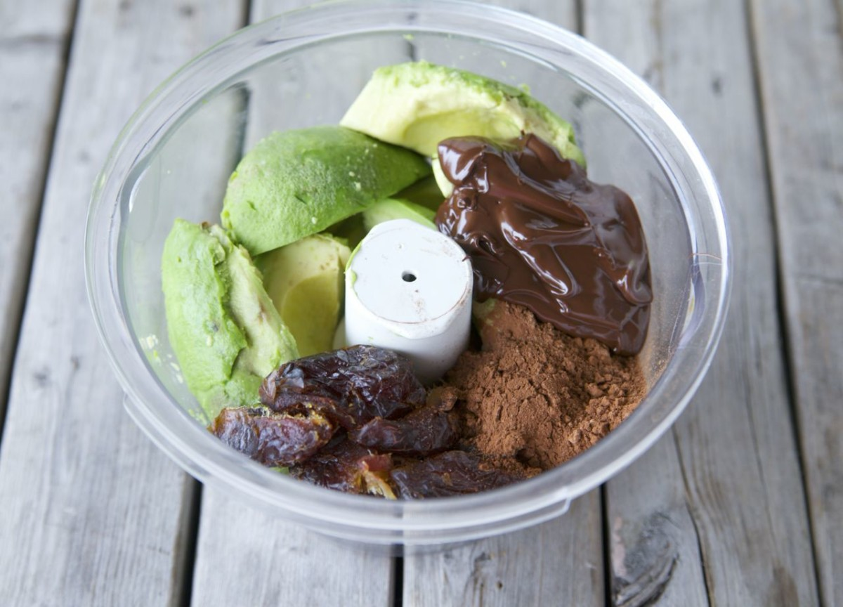 Avocado & Chocolate Mousse